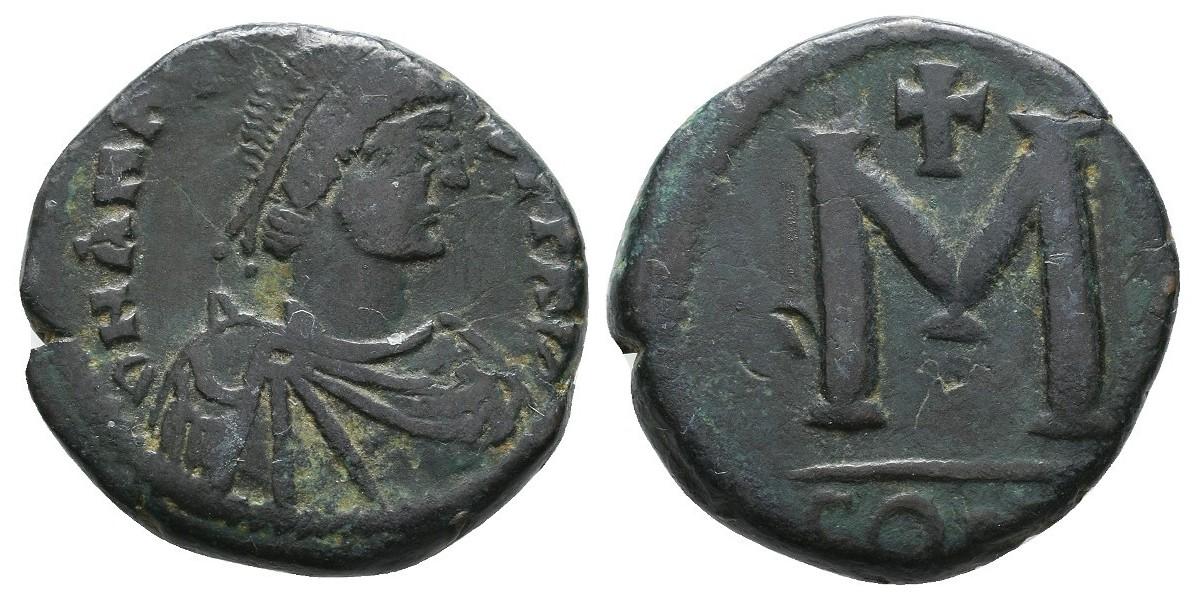 Anastasio. Follis reducido. 449-518 d.C.. Constantinopla