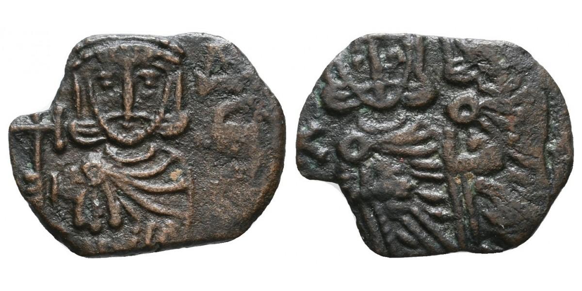 Copnstantino V. Follis. 751-757 d.C.. Siracusa