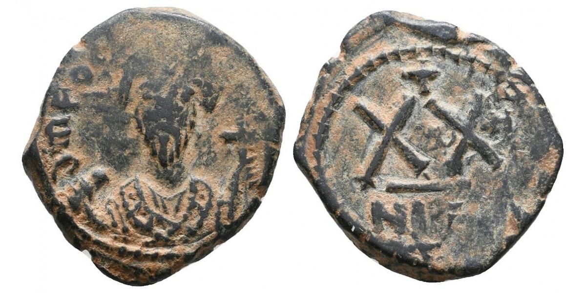 Focas. 1/2 follis. 602-610 d.C.. Nicomedia